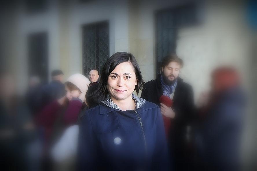 Katarzyna Pikulska przed Sądem Okręgowym w Warszawie. Foto: Mariusz Tomczak